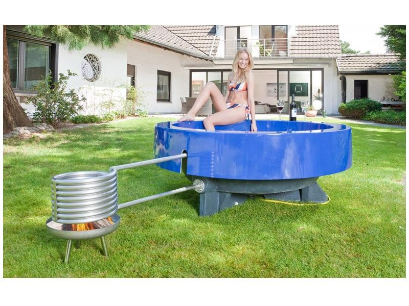 hot tub 2 0 outdoor badewanne blau whirlpools. Black Bedroom Furniture Sets. Home Design Ideas